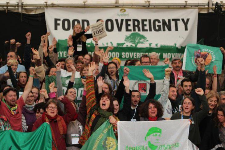 Con la crescita dei nazionalismi e della xenofobia, la sovranità alimentare è più che mai necessaria.