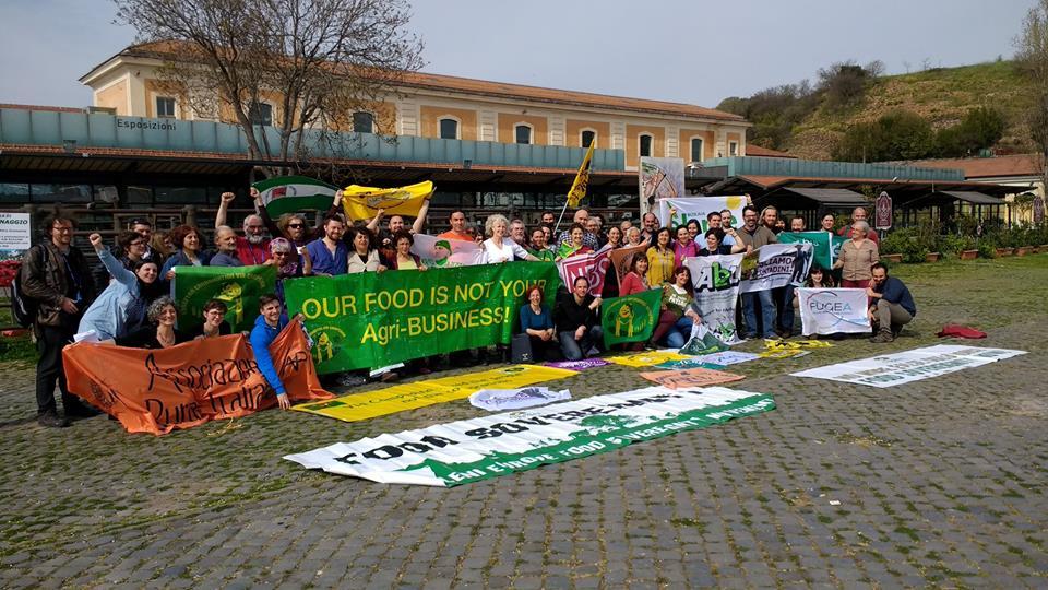 Mozione Adottata dall'Assemblea Generale ECVC: No alle Bugie sui Nuovi OGM
